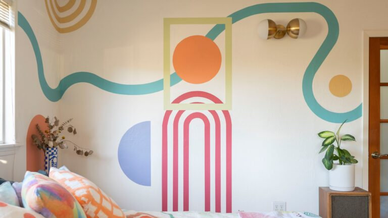How to Decorate Walls in Cheap?